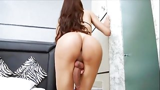 Beauty Shemale Big Dick Masturbation