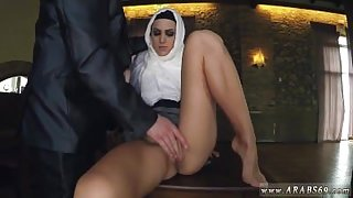 Amateur movie Hungry Woman Gets Food and Fuck